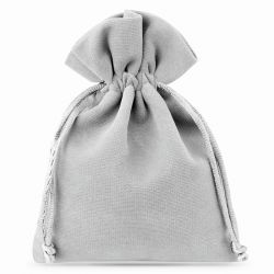 10 pcs Velvet pouches 8 x...