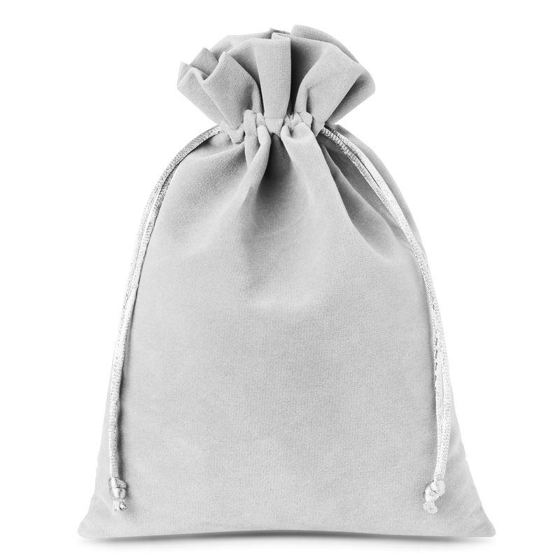 5 pcs Velvet pouches 15 x 20 cm - silver