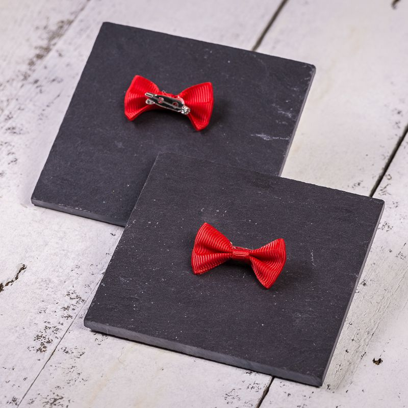 10 pcs. Fabric bows, sized 4 x 2 cm - red