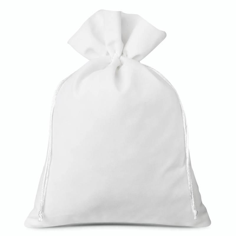 3 pcs Velvet pouches 26 x 35 cm - white