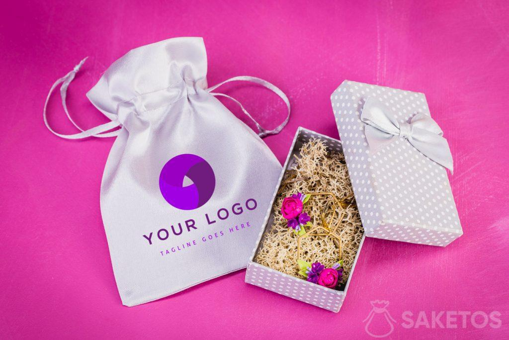 Bags on jewerly with logo