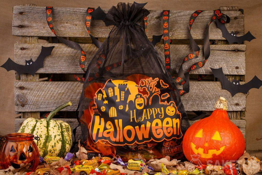 Organza bags are great as Halloween decorations.
