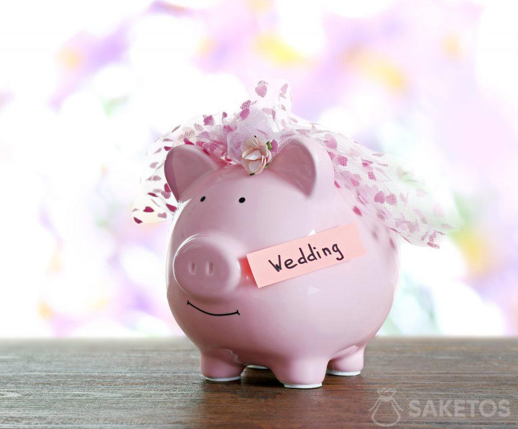 Piggy bank is an original packaging for money given as a gift