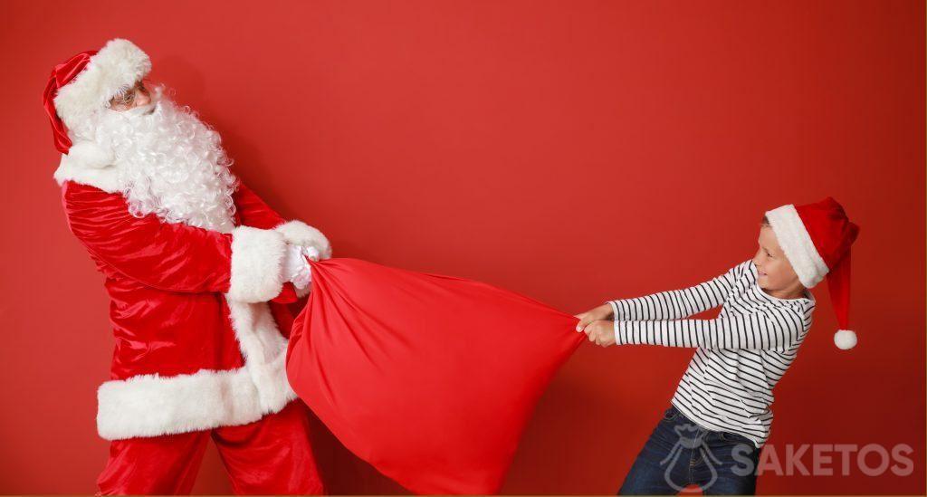 Santa in kindergarten