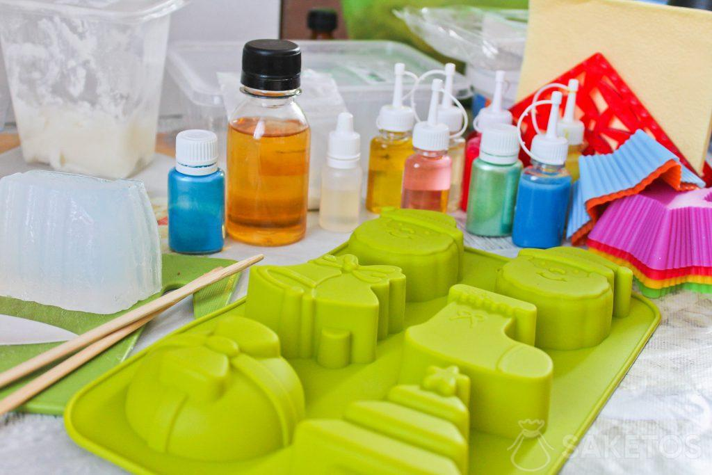 Homemade soaps - how to make them with your child?