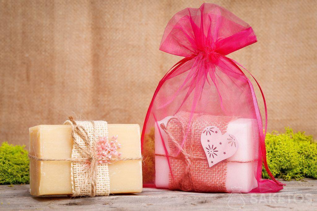 Soap in a pink organza bag.