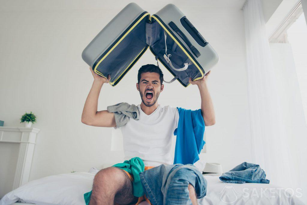 6. Packing a suitcase can be easy.