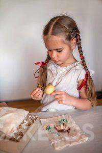 9. Linen bags for decoration - children's handmade games